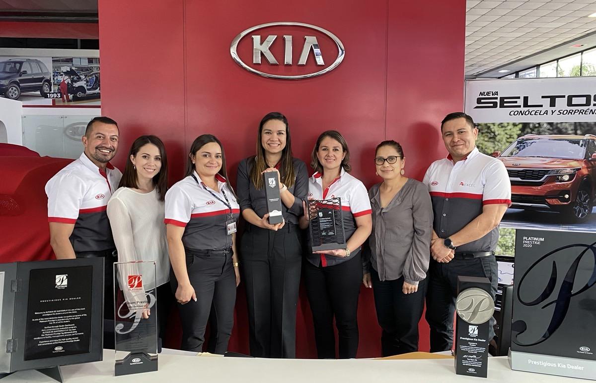 KIA MOTORS GUATEMALA RECIBE PREMIO PLATIUM PRESTIGE AWARD 2020